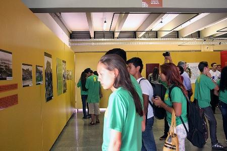 visita alunos Bonito - exposição Matte Larangeira