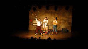 04-22-16-boca-de-cena-cade-aplausos-cia-teatral0127-672x372