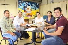 gabinete 27-03-8993 prefeito de araul moreira alexandrino e vereadora Vera