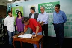 01-11-16 convenio governo e fcms com as ligas carnavalescas - 7209