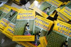 05-17-16 lançamento do livro estrelas liquidas - Athayde Nery - morada dos Bais - 1035
