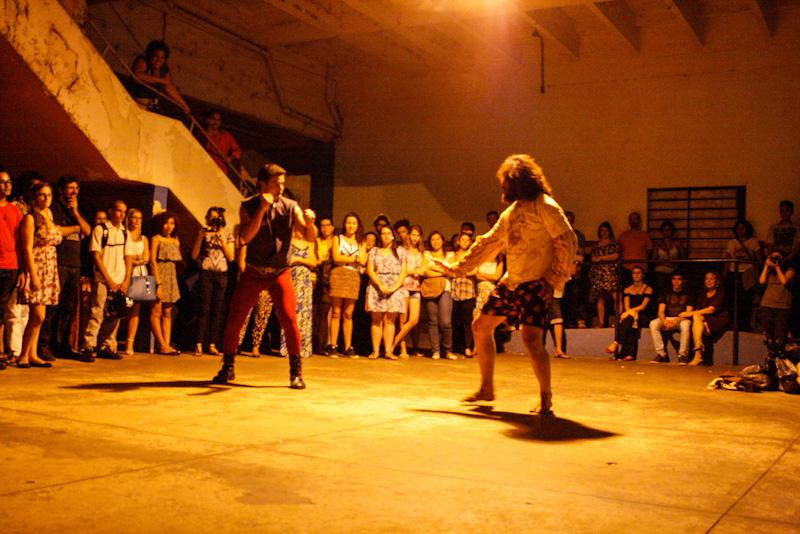 03-28-15 Verdades inversas - flor e espinho teatro - 8830.JPG